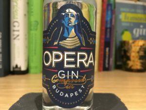 Opera gin label