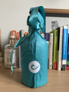 Gower gin Dragon Strength wrapping